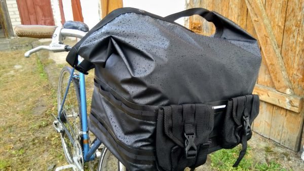 bike top bag with front pockets